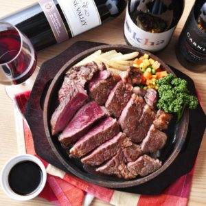 テイクアウトあり お肉とチーズ 個室バル&イタリアン ChaCha 横浜駅前店_03
