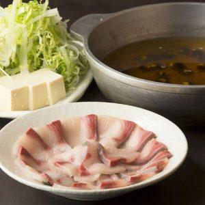 焼酎 黒豚 もつ鍋 芋蔵極 コレットマーレみなとみらい店_02