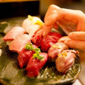 肉寿司 神楽坂毘沙門店_01