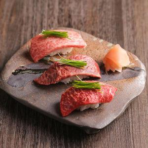 和牛ステーキ&炙り肉寿司食べ放題 肉ギャング 新宿東口店_02