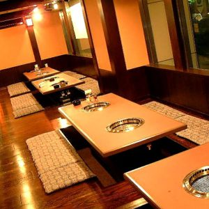 焼肉レストラン南山 レジャック店05